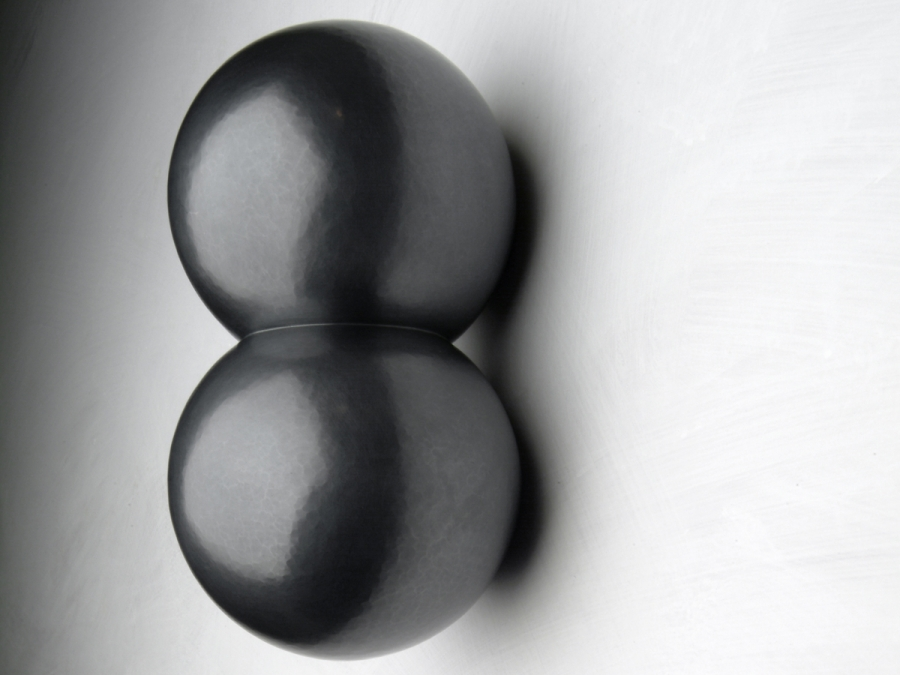 Kissing Spheres #1